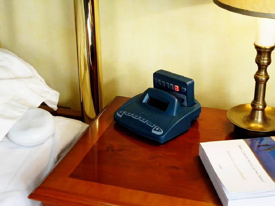 Alarm Clock Charger with pager unit in it