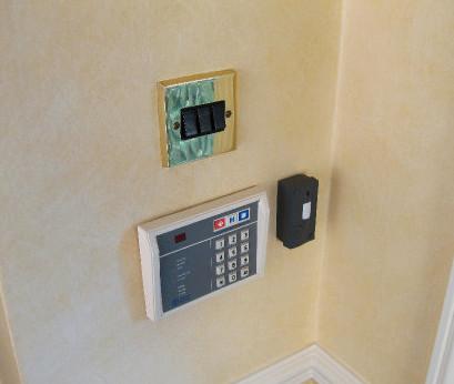 Mini Monitor used as a burglar or car alarm
